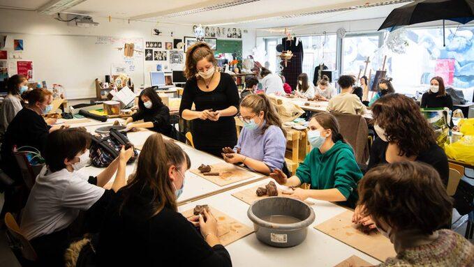 florian-salesse-montlucon-le-04-03-21-atelier-d-art-plastiqu_5246419.jpeg